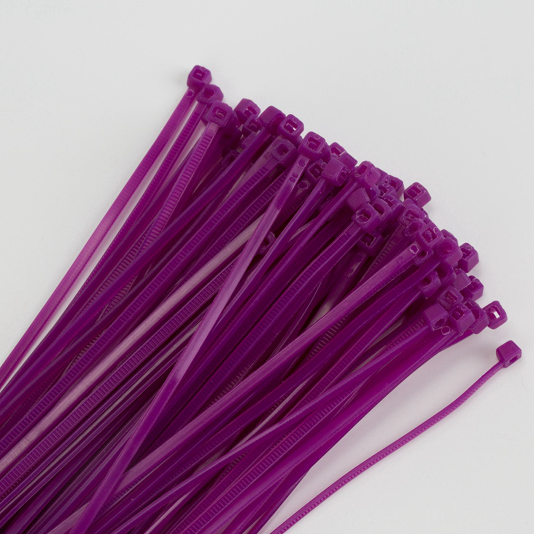 Plastic Cable Tie From China Supplier